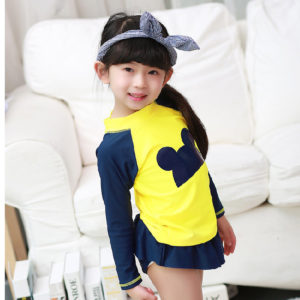 98-5-Swimsuit Shorts Long Sleeves Cap 3Pcs